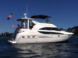 item-1-yacht-1.jpg